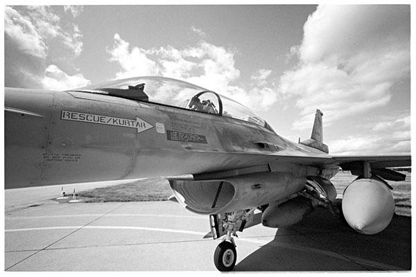F-16, ...