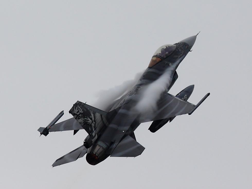 F-16 Fighting Falcon III