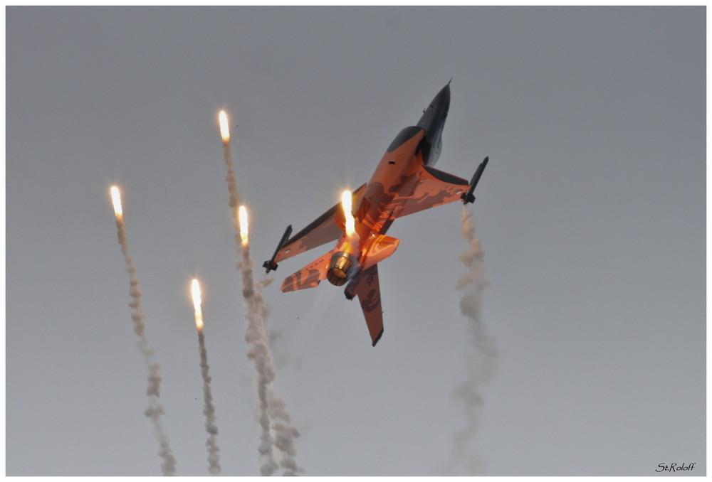 F-16 RNLAF / Open Dagen Volkel 2009 NL