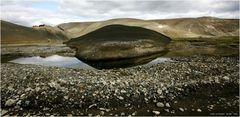 * F 208 im Flussbett * . . . Iceland 24