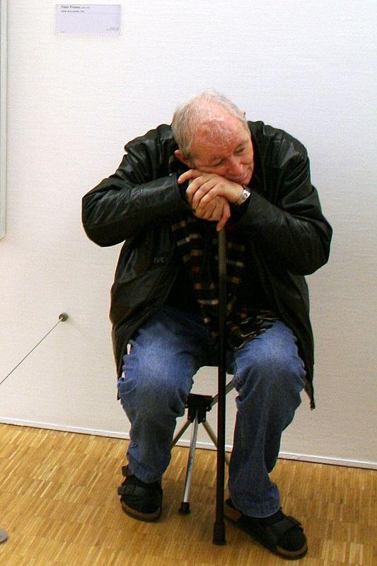 "F-Paris 043: ""Centre Pompidou"" - Erschöpft"
