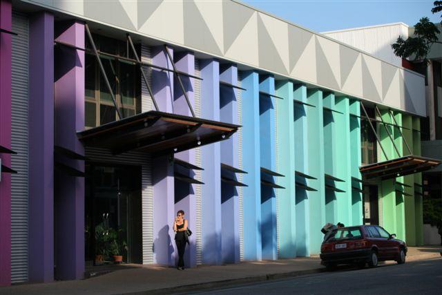 Façade multicolore / Multicolor front wall