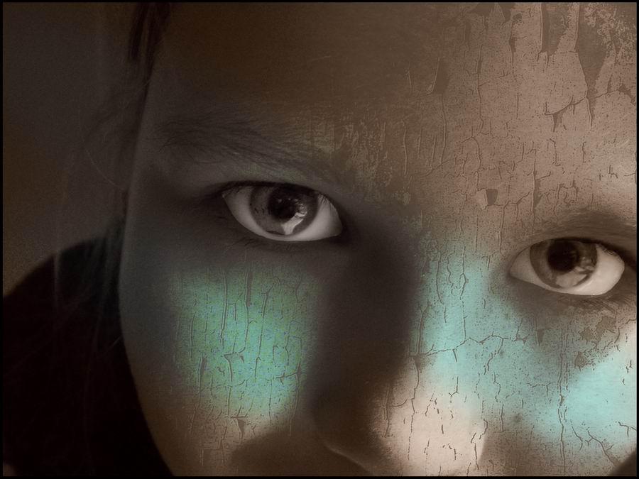 face in the dark1