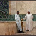 Fachgespraech an der Hassan II Moschee in Casablanca, Marokko