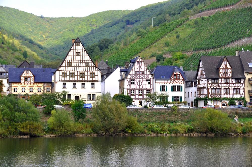 Fachwerk - Häusergruppe in Ediger-Mosel