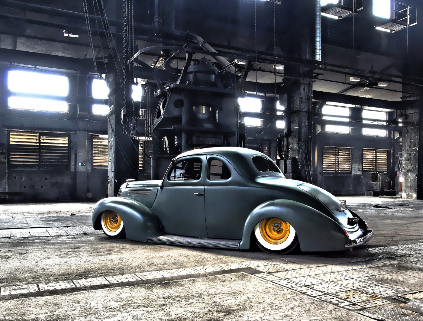 Factory shot Ford 1938