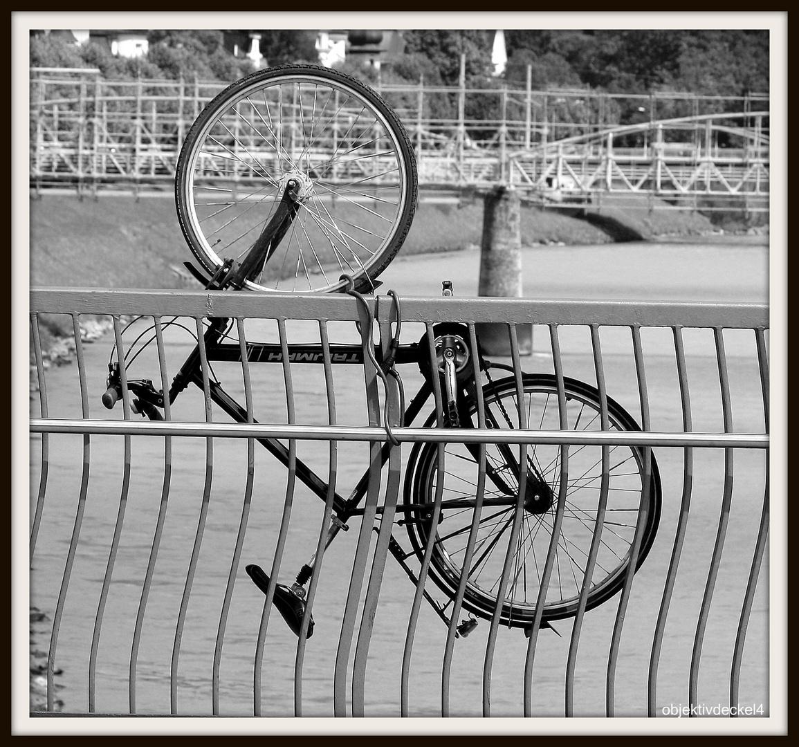 Fahrrad abstellen, mal anders