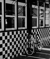 Fahrrad in schwarz weiß