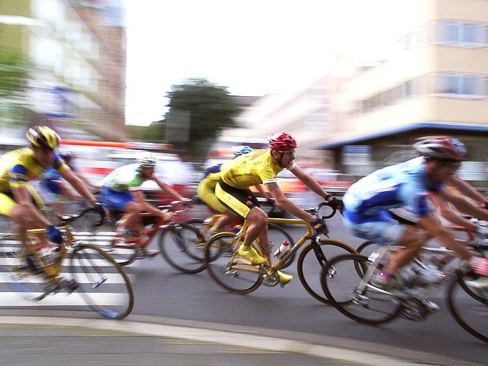 Fahrradrennen - Kurvenspeed