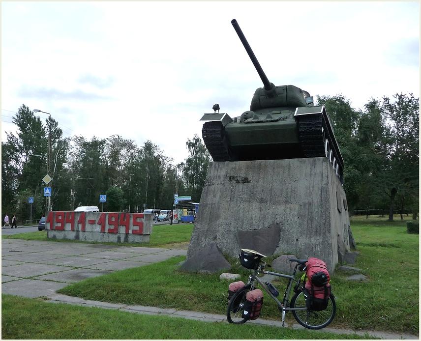 Fahrräder statt Panzer ? ! !