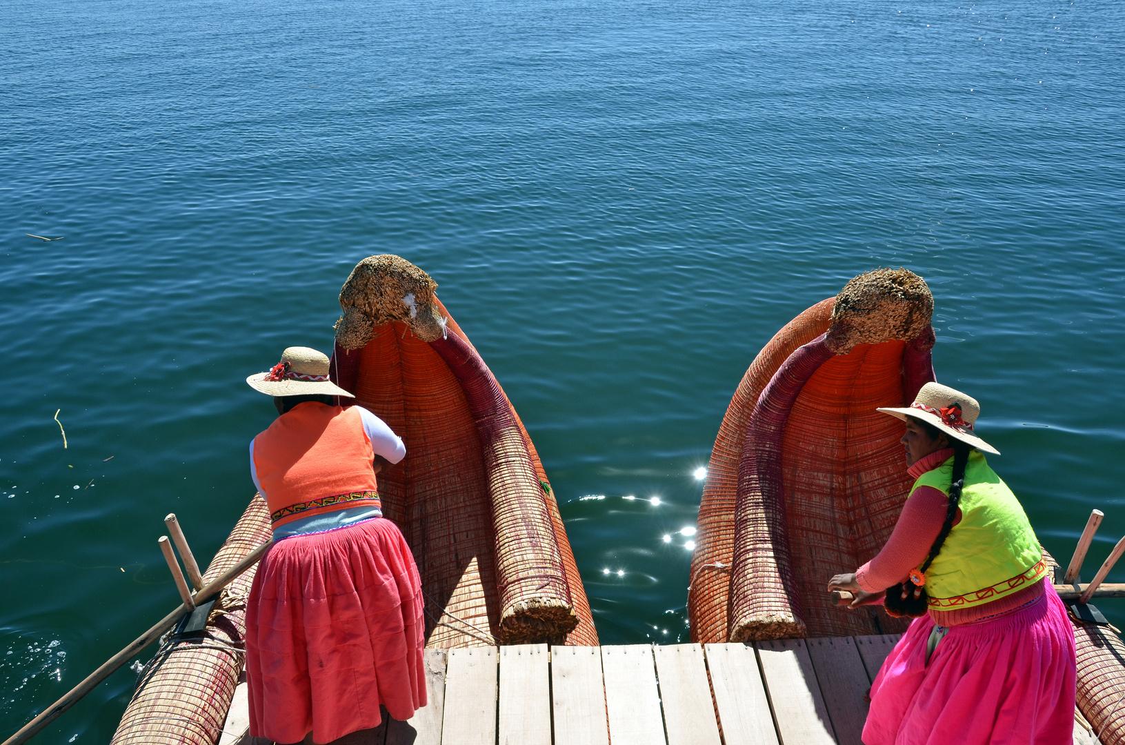 Fahrt mit dem Schilfboot der Uro-Nachfahren