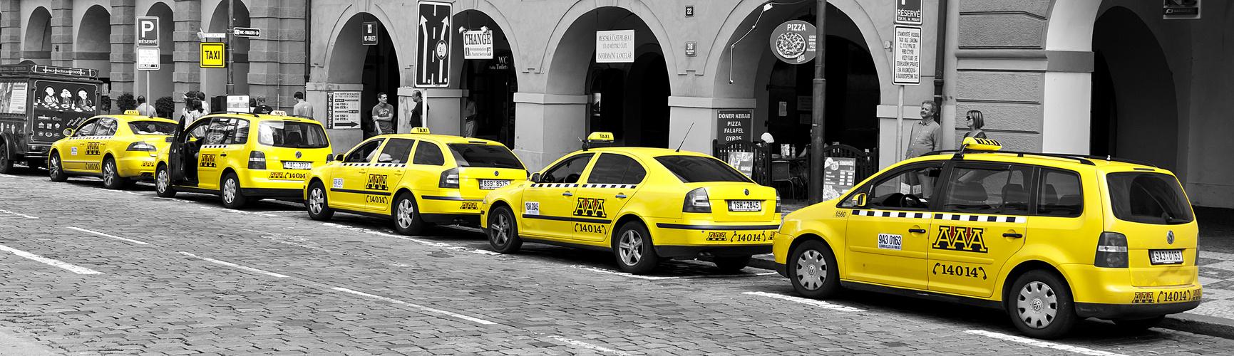 Fahrzeuge in Prag 03