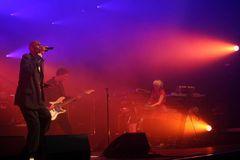 Faithless Live nr.2
