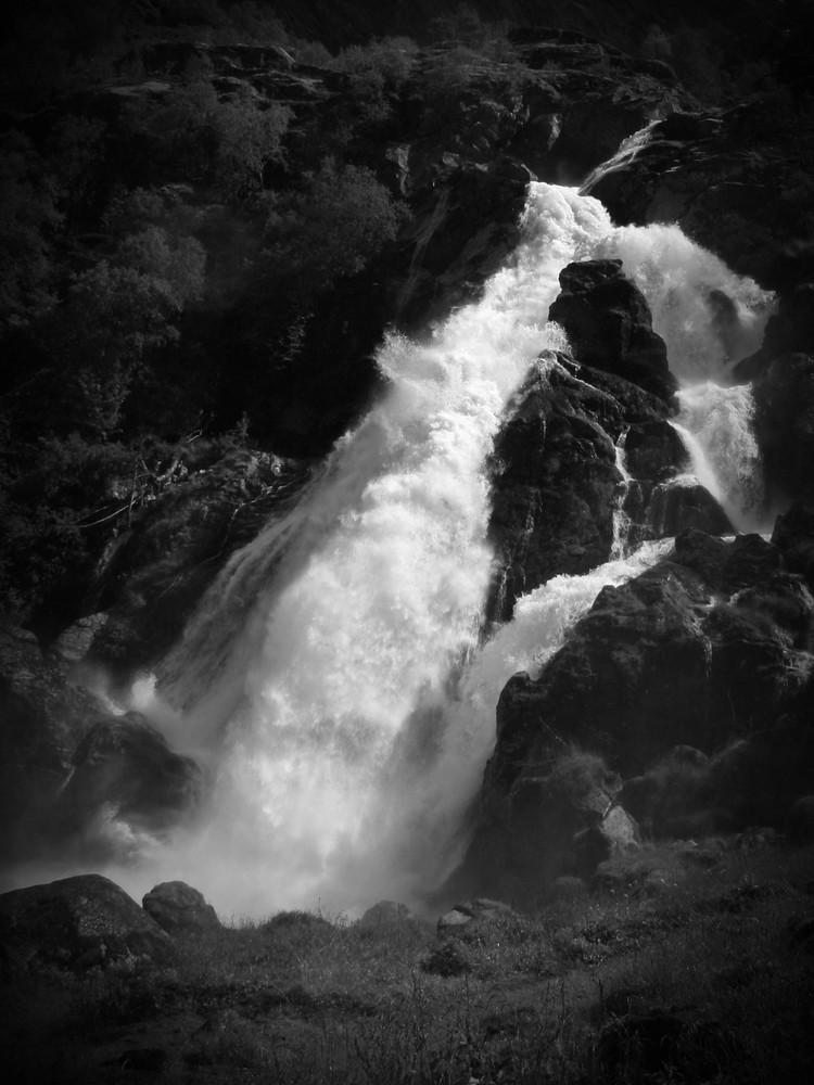 fallendes Wasser 2