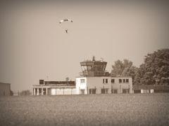 Fallschirmspringer.......