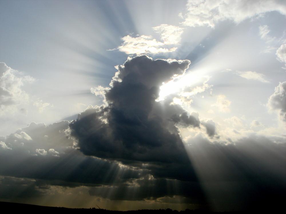 fantastisches Wolkenspiel