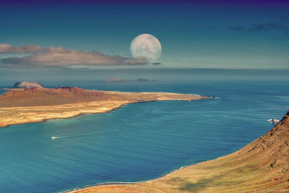 - Fantasy Islands -