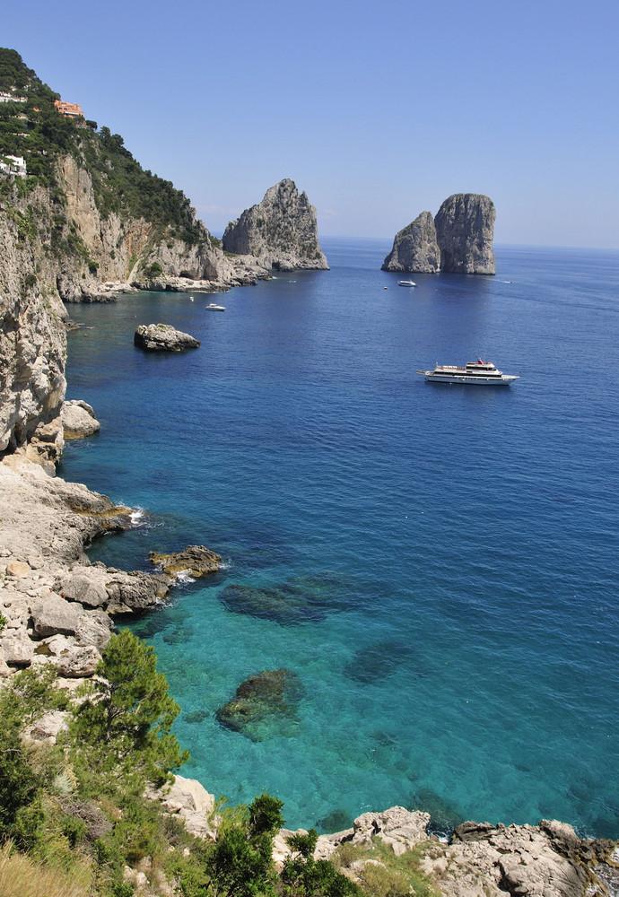 Faraglioni-Felsen von Marina Piccola aus gesehen