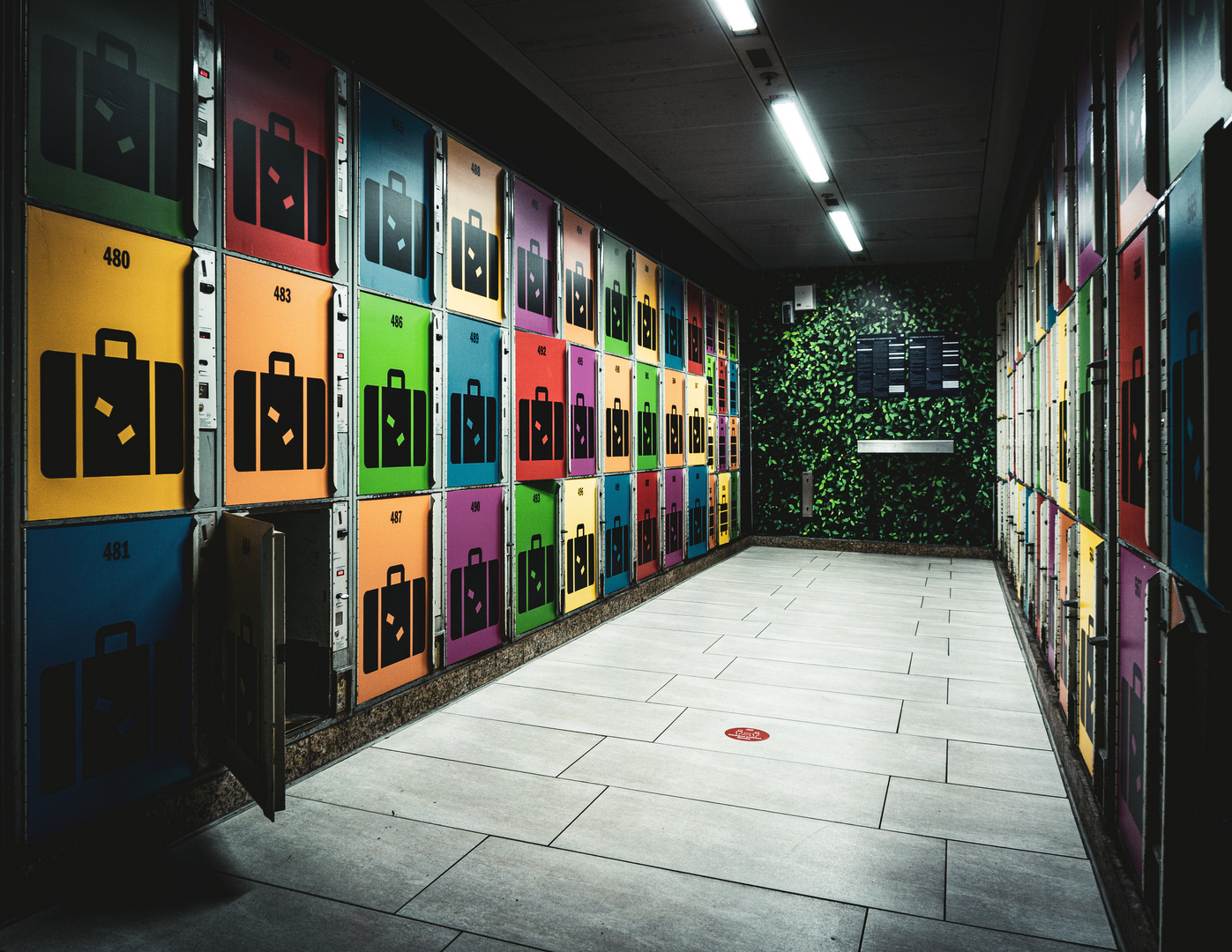 Farbe im Bahnhof