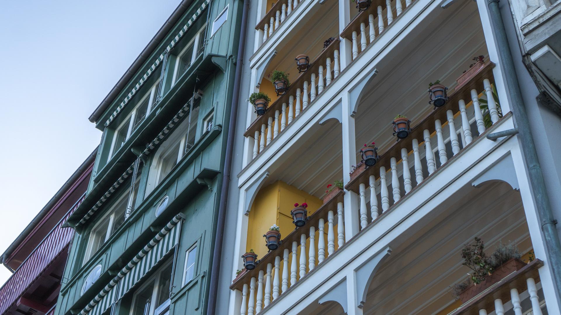 Farben am Rheinbord