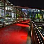 Farben und Linien ... Brücke zur Autostadt