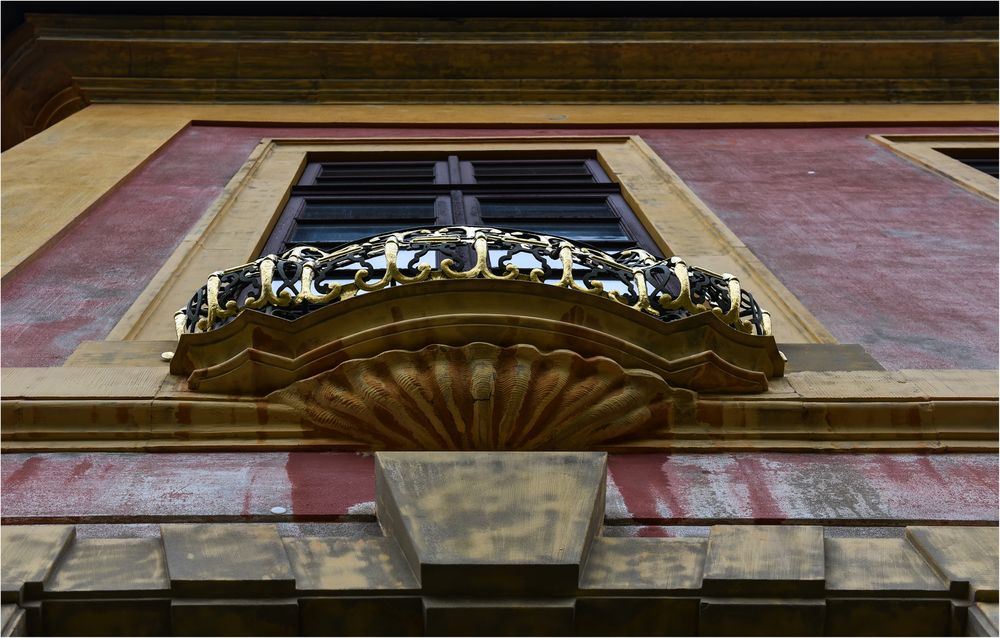 Farbenfrohe Detailansicht Schloss Favorite Ludwigsburg