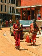 Farbenfrohe Schönheiten in Nepal