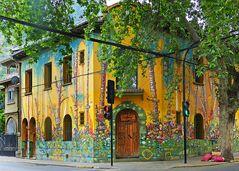 Farbenfrohes Künstlerviertel