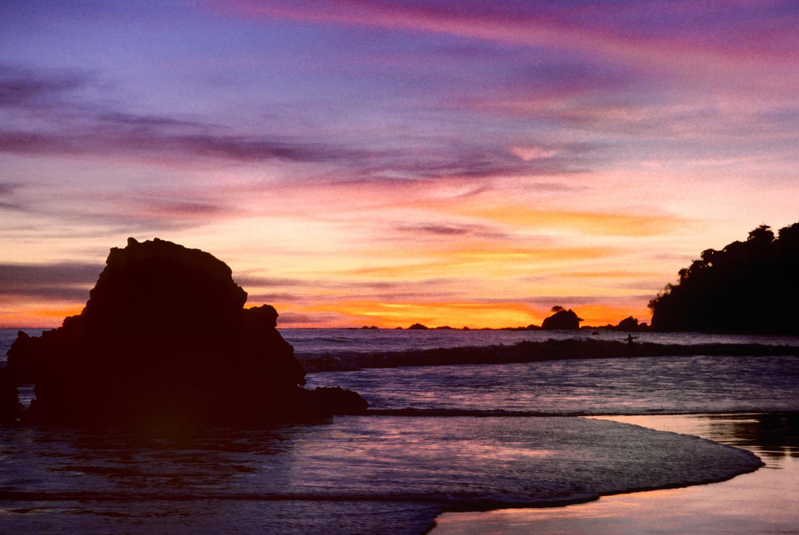Farbenpracht an der Playa Manuel Antonio