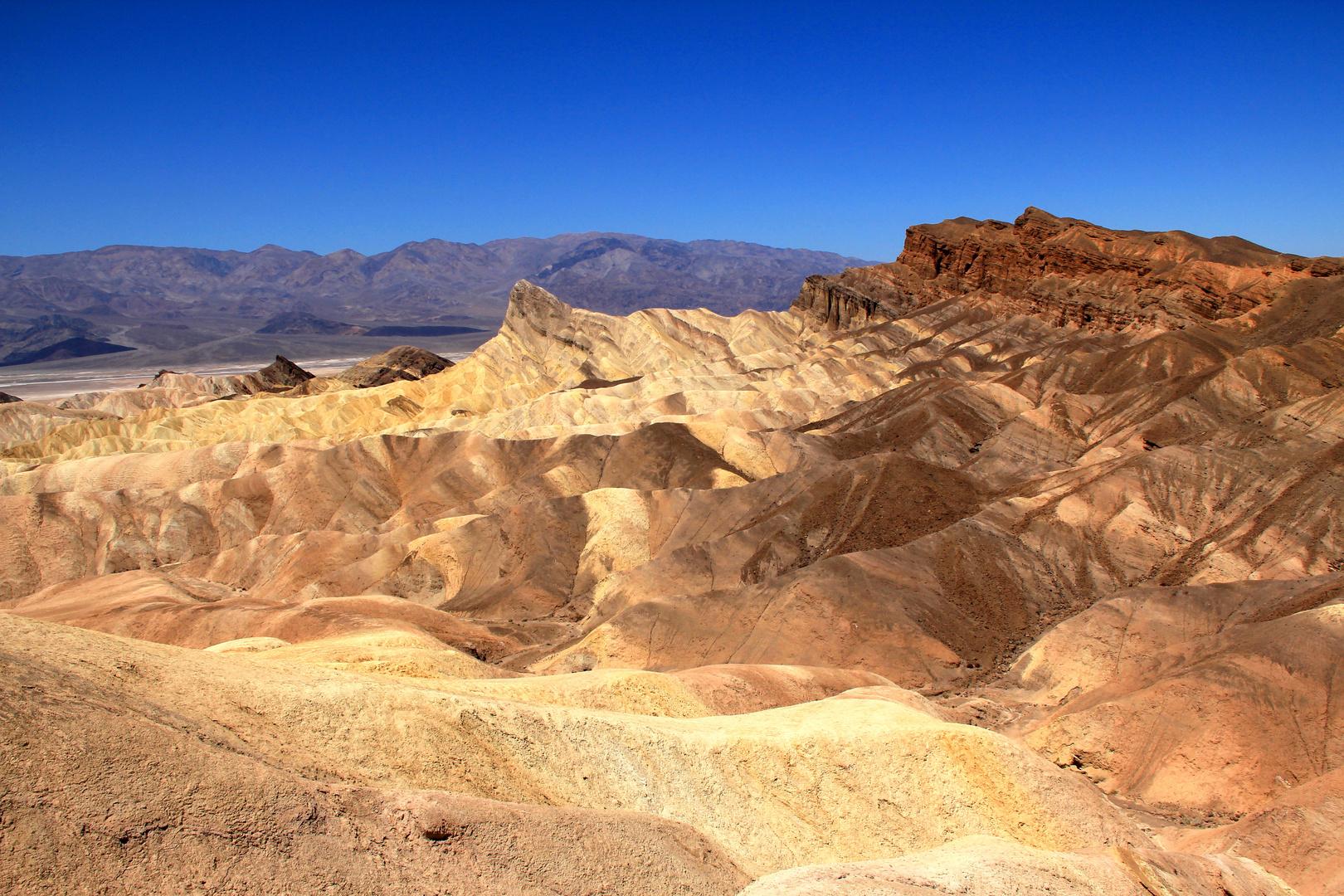 Farbenspiel am Zabriskie Point / Death Valley