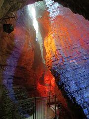 Farbenspiel der Cascada di Varone