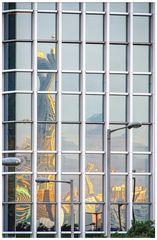 Farbig Hong Kong im Spiegel 11