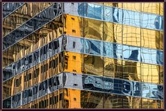 Farbig Hong Kong im Spiegel 6