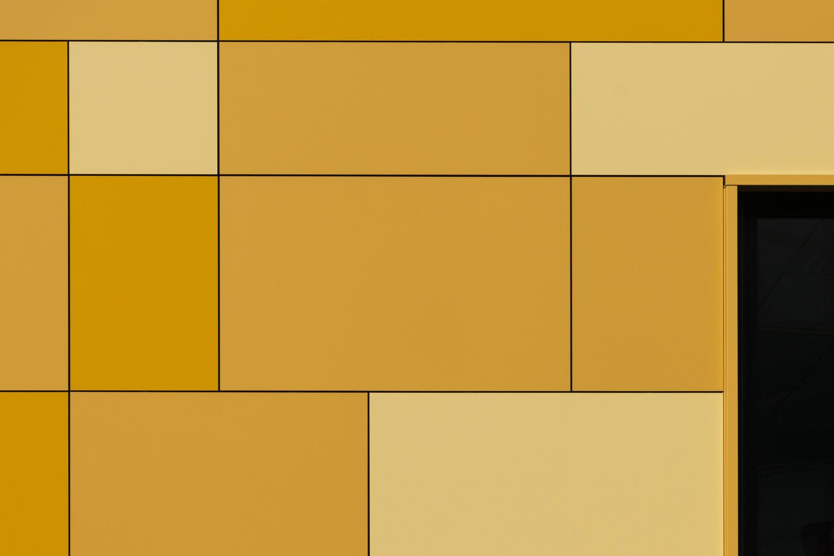 Fassade - Hommage an Mondrian Foto & Bild | berlin, farben, fassaden ...