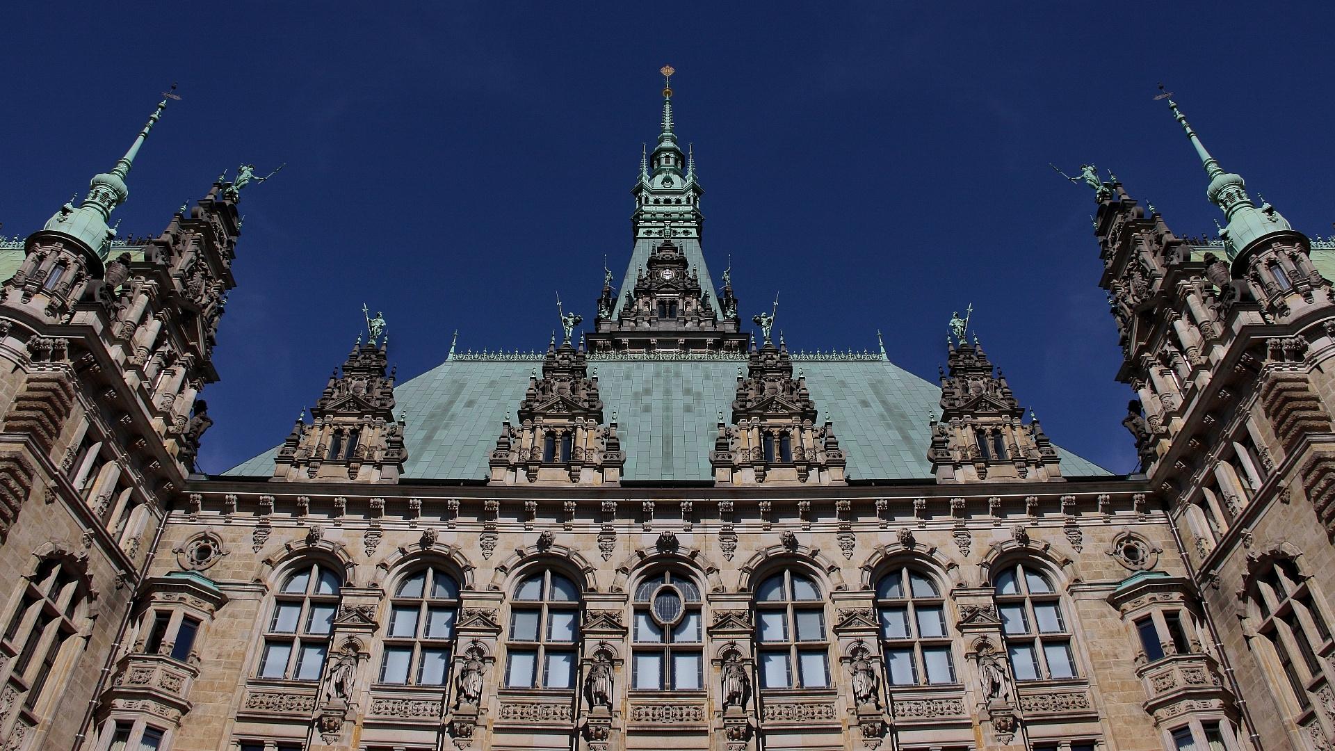 Fassade Rathaus-Innenhof