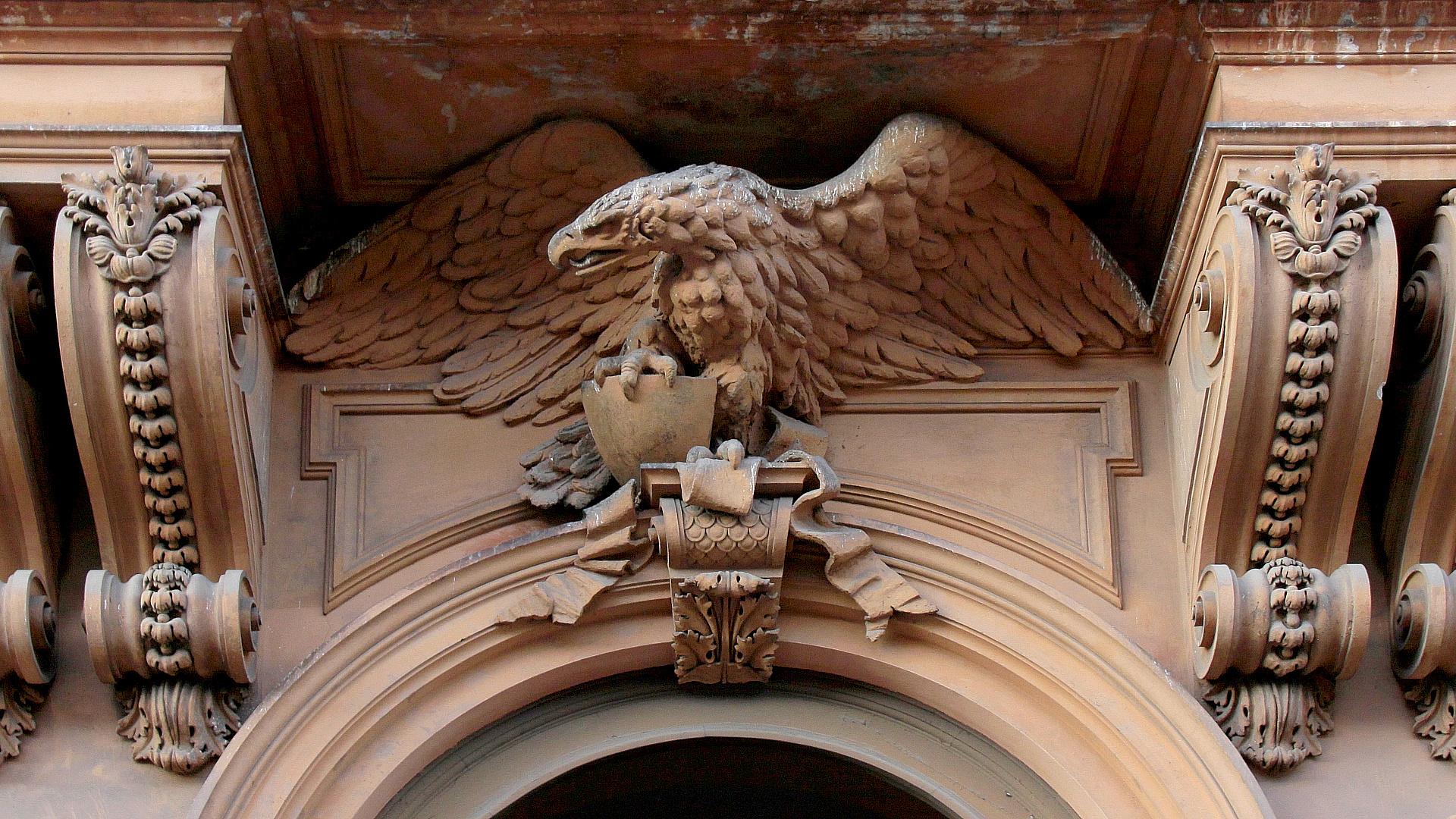Fassaden-Adler