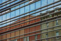 Fassadenspiegelung in Stuttgart