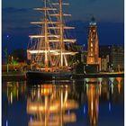 Faszination Lichter & Farben -- Die Bark MERCEDES u. der LOSCHENTURM in Bremerhaven --