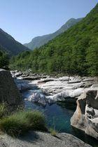 Faszinierende Natur im Valle Verzasca