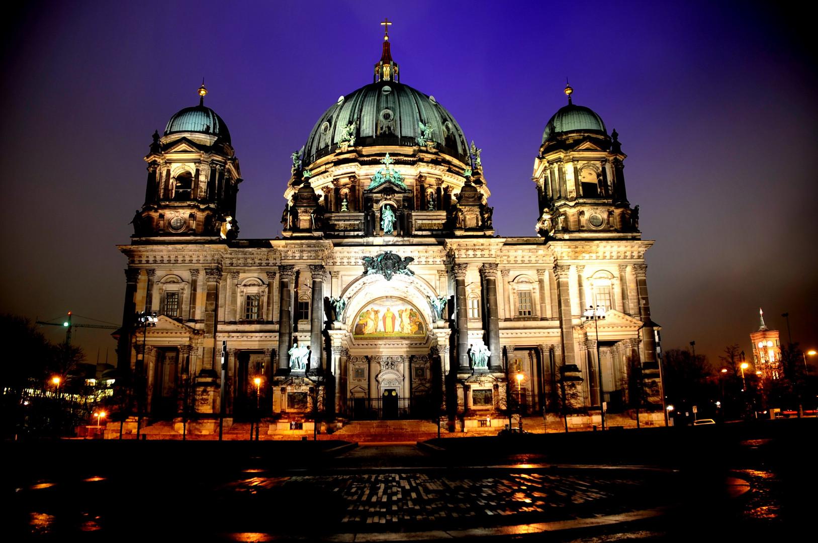 Fe de noche, Berlin