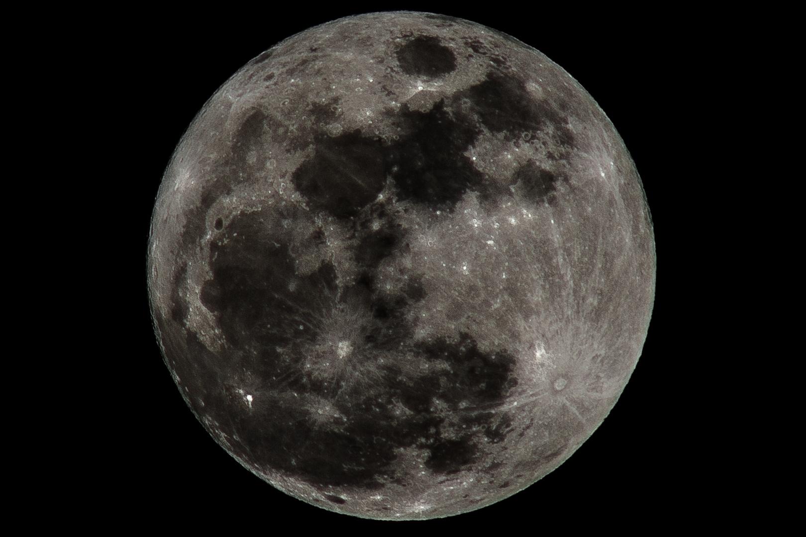 Februar-Mond