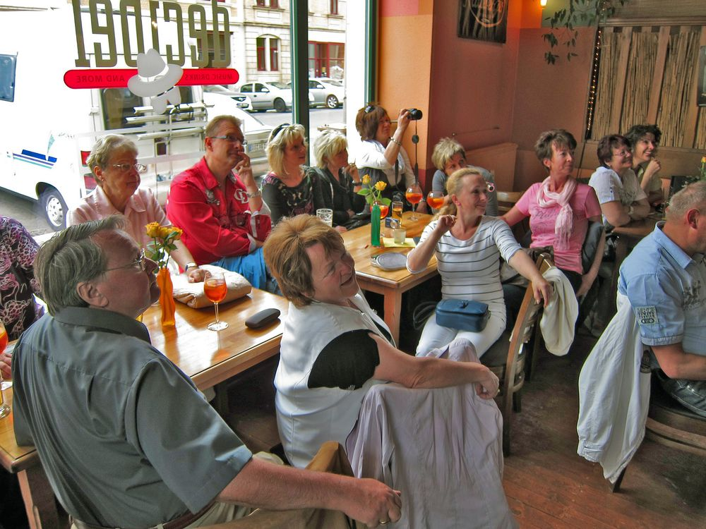 Feier im Decibel Rosa-Menzer-Str.