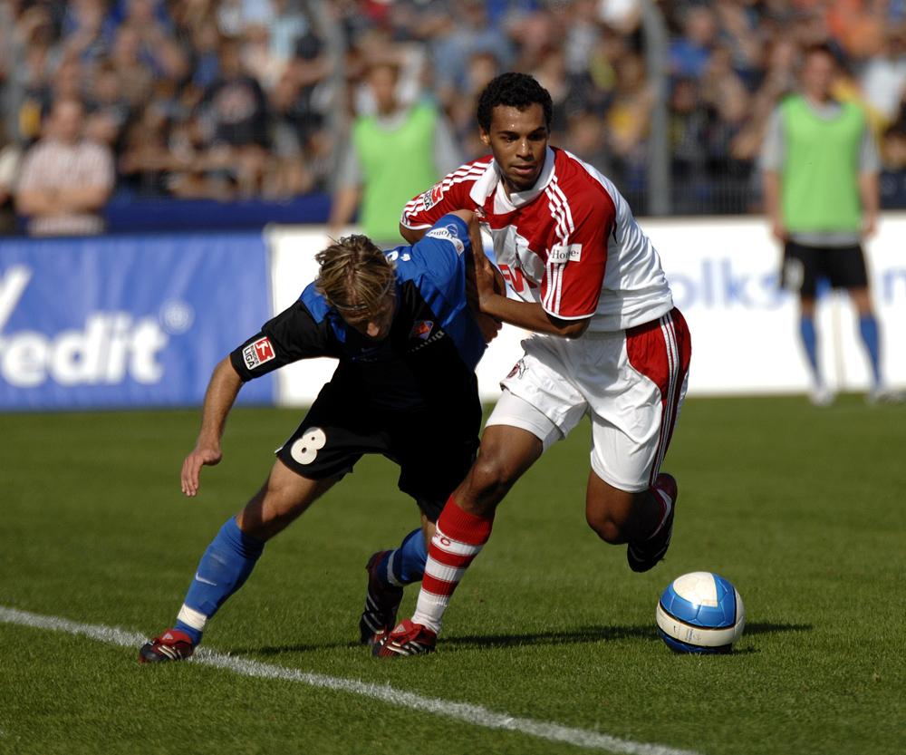 Fein übers Knie gelegt Foto & Bild | sport, ballsport
