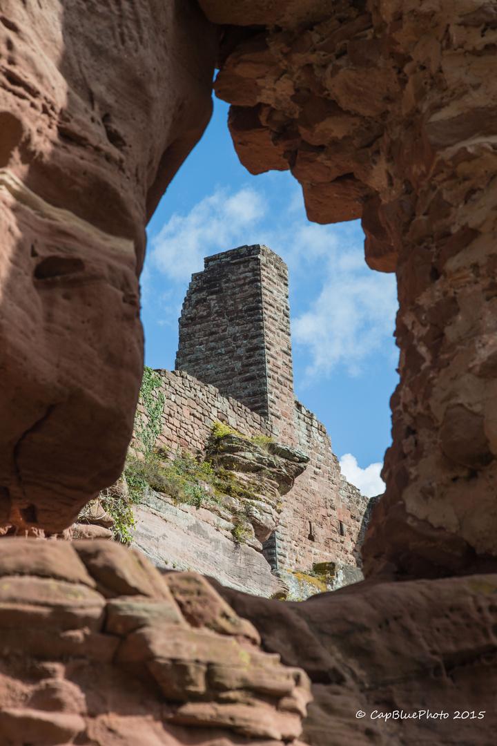 Felsblick zur Burg Altdahn