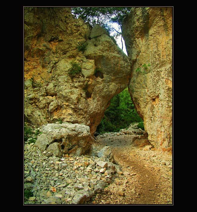 Felsdurchbruch an der Cala Goloritze