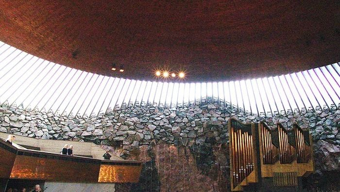 "Felsenkirche ""Temppeliaukio"" in Helsinki"