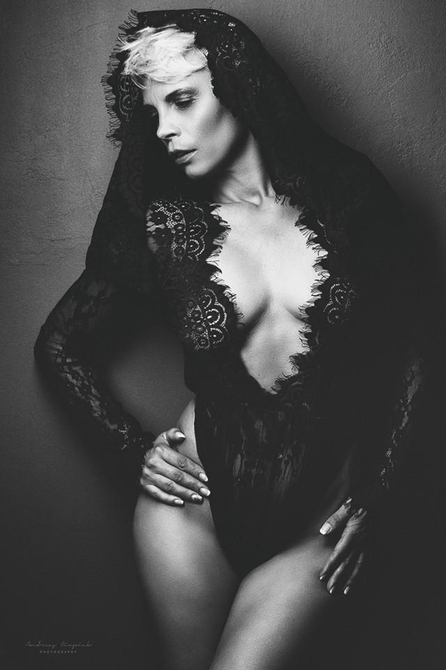 Feminin // Photo by Anna Cupiak