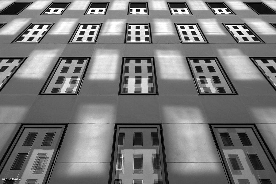 Fenster, Fensterspiegelungen in Fenstern und Fensterreflexionen...