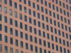 Fenster im roten Sandstein
