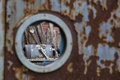 Fenster zum Schrott